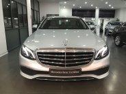 Cần bán xe Mercedes E200 đời 2017, màu bạc giá 1 tỷ 760 tr tại Hà Nội