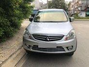 Cần bán lại xe Mitsubishi Zinger AT đời 2010, màu bạc, xe gia đình giá 295 triệu tại Tp.HCM