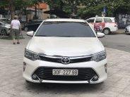Bán xe Toyota Camry đời 2018, màu trắng giá 1 tỷ 10 tr tại Tp.HCM