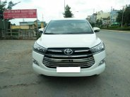 Gia đình cần bán Toyota Innova 2017 G, tự động, màu trắng giá 638 triệu tại Tp.HCM