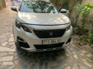 Bán xe Peugeot 5008 màu trắng sx 2019.  giá 1 tỷ 70 tr tại Tp.HCM