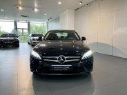 Cần bán xe Mercedes C180 đời 2020, màu đen giá 1 tỷ 350 tr tại Hà Nội