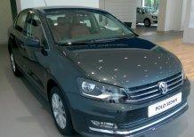 Bán xe nhập Đức Volkswagen Polo Sedan 1.6l, màu xám. Chỉ cần 200 triệu là nhận ngay xe