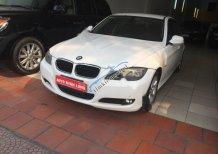 Bán BMW 3 Series 320i đời 2009, màu trắng, giá 599tr