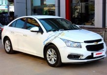 Xe Chevrolet Cruze LT 1.6MT đời 2016, màu trắng, 505 triệu