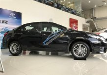 Cần bán Toyota Corolla Altis đời 2017, màu nâu