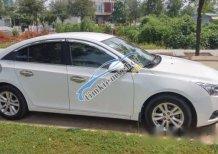 Cần bán gấp Chevrolet Cruze 2015, màu trắng đã đi 40.000km, giá 460tr